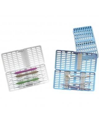Пластмасова тавичка с прорези за инструменти
